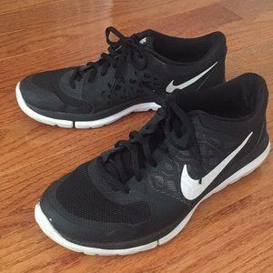 Nike Flex2015 Run sneaker. Worn couple of times!
